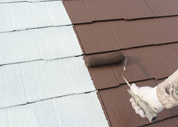 遮熱型・超耐候型の中塗り塗料を使用